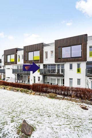 Tiltalende leilighet | Stor veranda | 2 soverom | Egen garasjeplass | Påmeldingsvisning ons 3/2 kl: 16.15-17.00