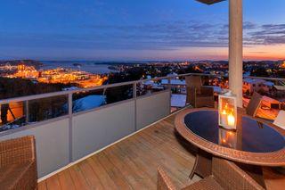 Tinnheia Terrasse-Lekker hjørneleilighet (topp) med fantastisk utsikt-Solrik usjenert terrasse-Heis og 2 p-plasser.