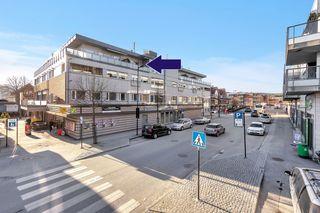 Påmeldingsvisning Tors. 8/4 kl 18-19 Topp leilighet midt i sentrum med garasjeplass og heis.