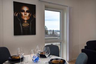 3-roms leilighet i Vågsbygd. 2 p-plass i p-kjeller medfølger.