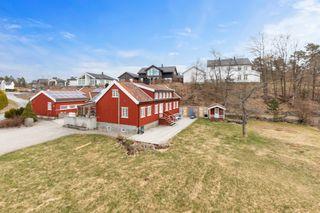 NYHET! PÅMELDINGSVISNING 20/4 -Sjarmerende og innholdsrik eiendom med mange muligheter. Landlige omgivelser på Støle.