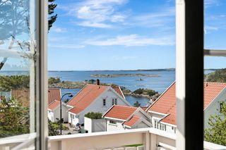 Sommeridyll i Skudeviga - innholdsrik hytte med god standard, bilvei, båtplass, utsikt og mye sol!