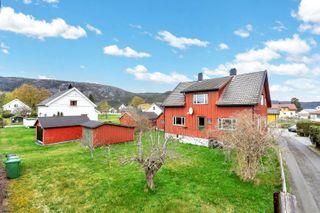 Fint beliggende enebolig på Byglandsfjord med nærhet til fjorden og oppvekstsenter - 4 soverom