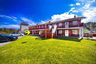 Praktisk og lettstelt leilighet med alt på en flate / Garasjeplass / Egen veranda
