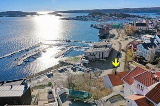 Enebolig med stort oppgraderingsbehov helt på pynten med panorama sjøutsikt og gode solforhold
