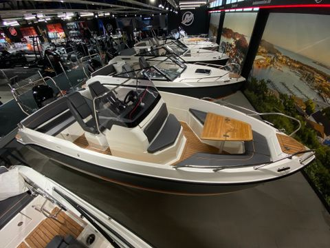 Uttern S59 Premium Edition powered by Mercury F 150 EFI - Innbytte/finans