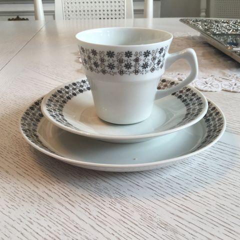 e0e29ed2 FINN – Keramikk, porselen og glass, Torget