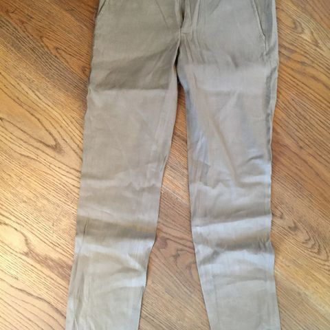 Ny bukser fra Cubus, model Abbey, str 25, kr 50 | FINN.no