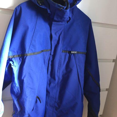 Quest jakke. Bukse er solgt. | FINN.no