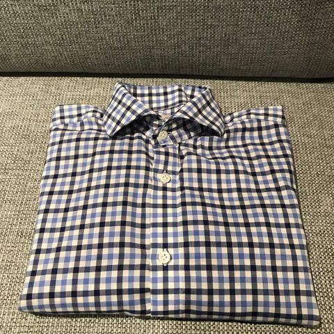 Flott skjorte fra Morris Of Stockholm selges! 8397a28b533e0