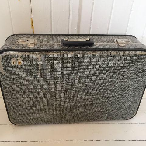 Smarte ressurser Stor vintage Louis Vuitton koffert | FINN.no OK-47