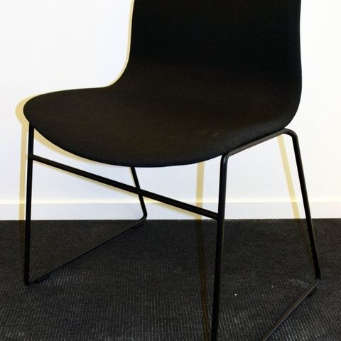 11 stk. Duba B8 Random stoler BRUKTE KONTORMØBLER | FINN.no