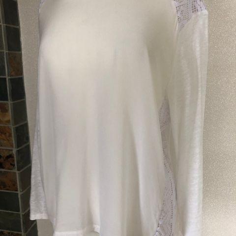 89b6fc06 Mission skinnjakke til dame · Rich & Royal bluse