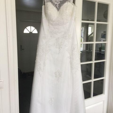 Brudekjole fra hjertebruden