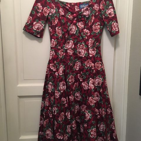 17mai kjole Klassisk, vintage kjole 70 tallet RETRO | FINN.no