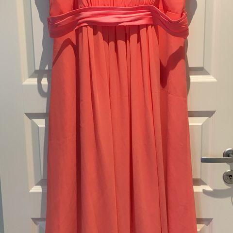 4f0c7cf076ca Nydelig kongeblå selskaps kjole fra kjolehuset