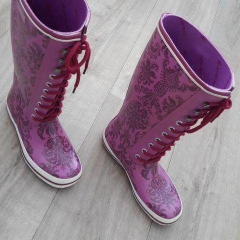 Lilla støvler str 38 | FINN.no
