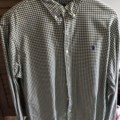 f021a008 Ralph Lauren slim fit skjorte str. L . Brukt en gang