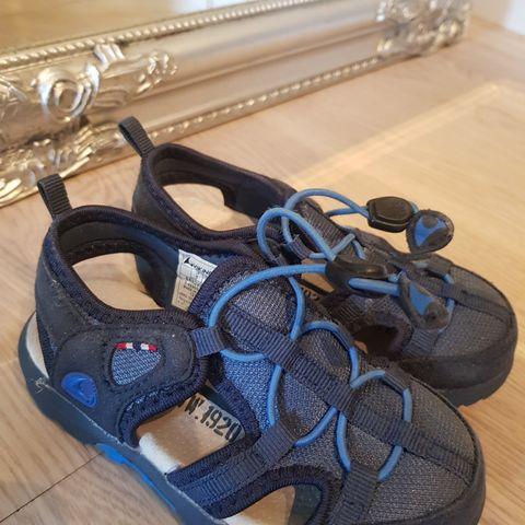 Støvler selges, Str 27, 24 og 22,5 | FINN.no