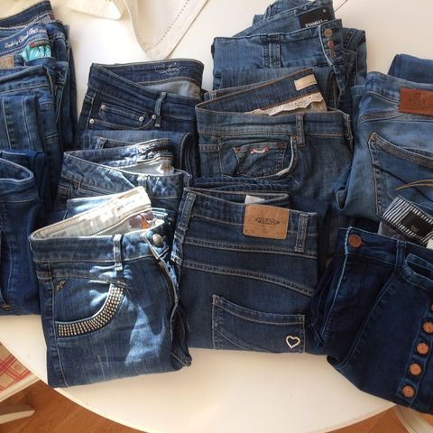 60203386 Please,Pulz,Mos Mosh, Oddmolly, Dranella,Five units,Levis jeans