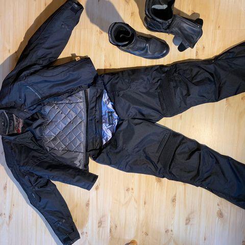 MC klær og sko selges