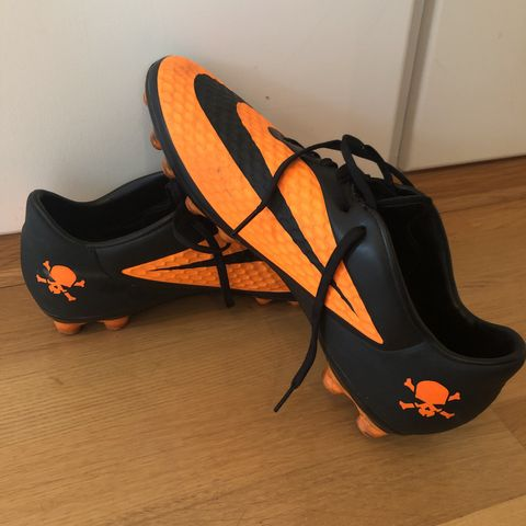 Fotballsko str 43 Under Armour Team Magnetico Pro Hybrid