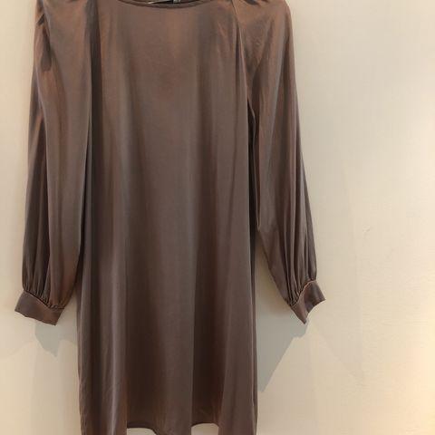 Kort kjoletunika | FINN.no