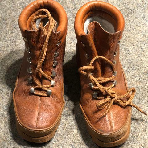 Camper vinterstøvler str.40 brukt to ganger | FINN.no