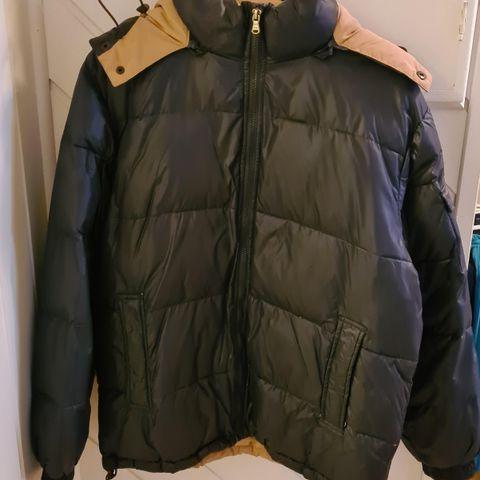 Softshell jakke i str. S44 fra Zizzi   FINN.no