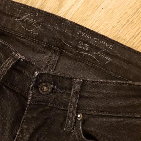 prana bukse