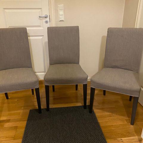 3 stk Spisestuestoler svarte fra O Borgen møbler 400, pr