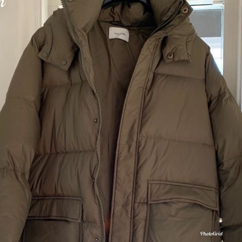 Holzweiler Sol Down Jacket Army HELT NY selges! | FINN.no