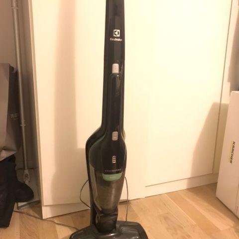 Philips trådløs støvsuger selges billig | FINN.no