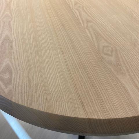 Odense Spisebord, med klaff og 6 spisebordstoler | FINN.no