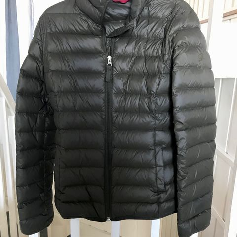 Abercrombie & Fitch tynn dunjakke jakke | FINN.no