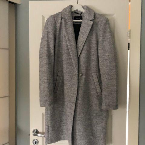 Grå Ull jakke fra Tatler Stor i str XS | FINN.no