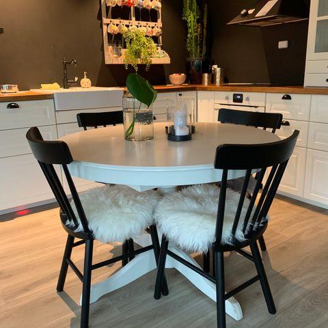 Ingatorp Utrekbart Spisebord fra Ikea | FINN.no