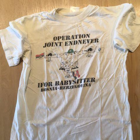 Nye T Trøyer og T skjorter med MUSIKER BILDER, + AM.C AR