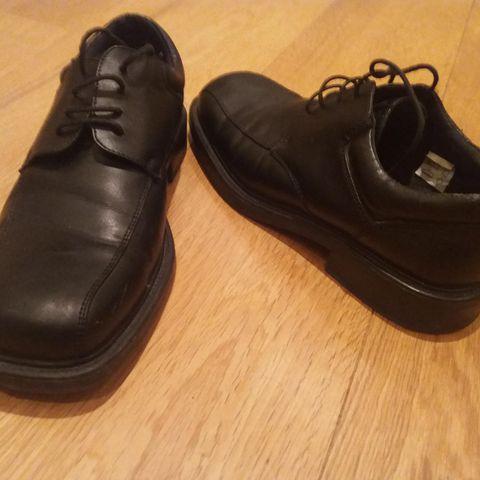 Ecco Track 5, goretex sko tilsalgs sort str 45 sort | FINN.no