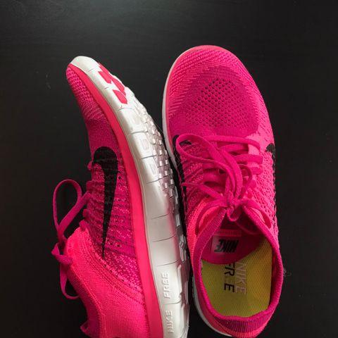 Nike Free run stl 38,5 Sort | FINN.no
