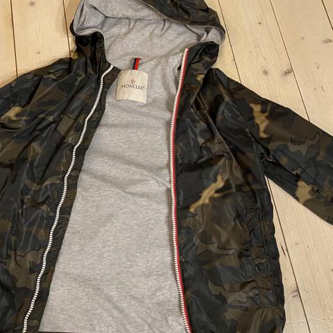 Moncler Marlioz Down Jacket | FINN.no