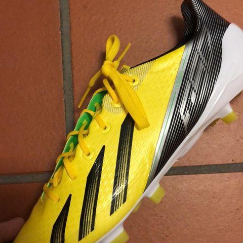 Adidas x + selges billig str 44 | FINN.no