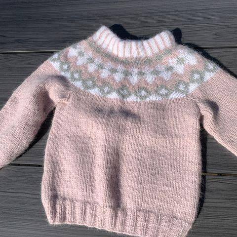 Embla genser i 100% alpakka str 4år hjemmestrikk | FINN.no