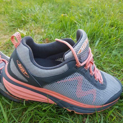 Fint brukt Skechers joggesko | FINN.no