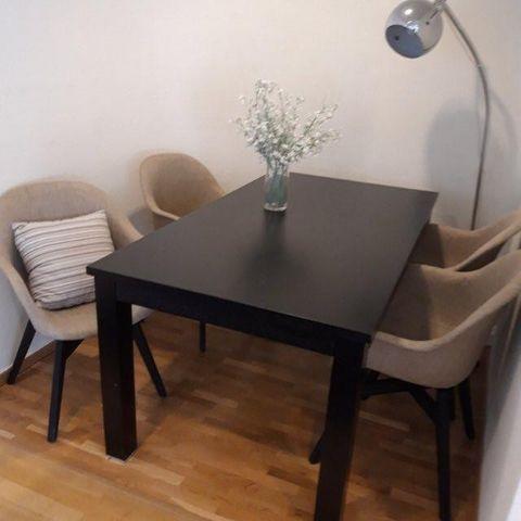 Ikea mörbylånga rundt spisebord   FINN.no