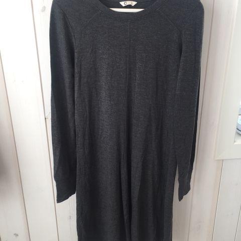 Kort svart Bolero jakke fra H&M str 38 som ny | FINN.no