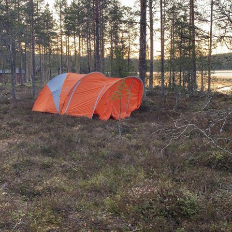 Telt, soveposer og liggeunderlag! | FINN.no