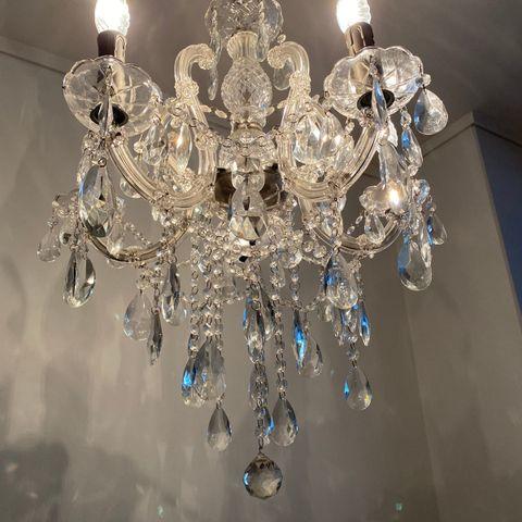 Madelene taklampe Nova Life Krystall   Best på lys