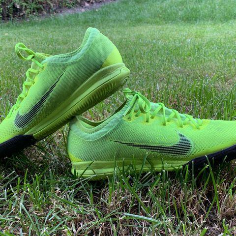 sport sko str 34 Nike mercurial og str 35 Adidads | FINN.no