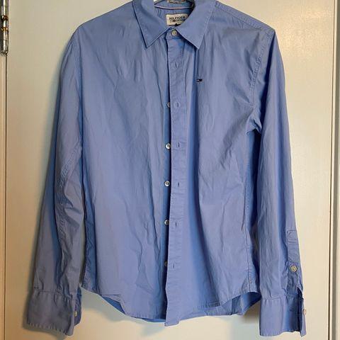 Blå skjorte til dame XS, brukt < 10 ganger | FINN.no